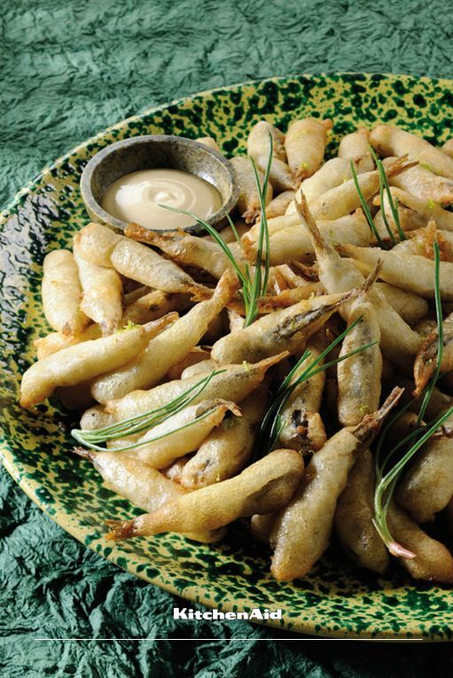 """One of the best kept secrets to a good tempura batter is using ice cold water. This makes the batter """"rise"""" when it hits the heated oil resulting in a great tempura dish! Much love KitchenAid Africa #BestKeptSecrets"""