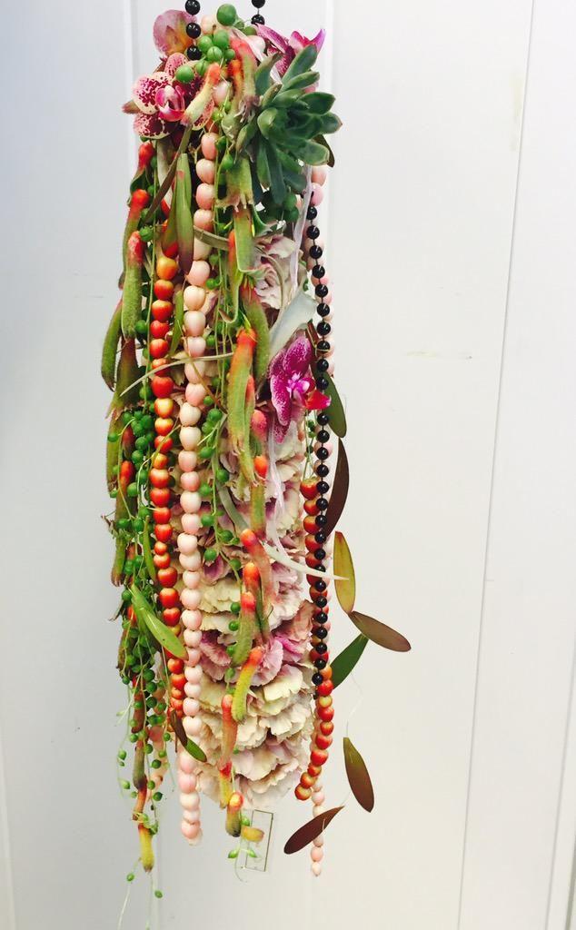 """Katri Gummerus on Twitter: """"Muisto kesältä syksyn viileyteen! #perjantaipuketti #fridayflowers @PirjoP1 @PKoppi @HolappaMarianne http://t.co/tXMX0dBuMW"""""""