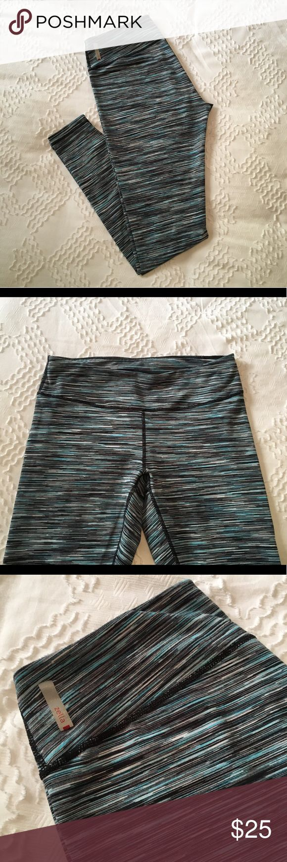 Zella Live In Leggings Zella Live In leggings. Light blue, navy, and white kinetic pattern. Perfect condition. Super comfortable, super flattering! Zella Pants Leggings