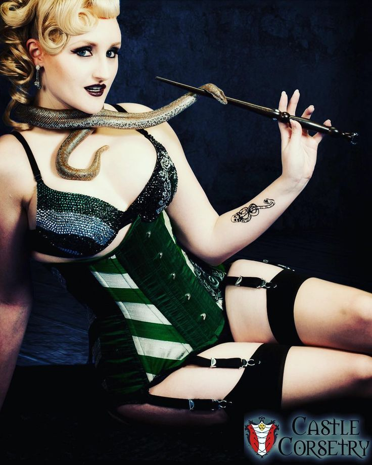 Why don't you Slytherin to our new online store for some great discounts this Black [Magic] Friday!  Use code G2GvONBFriday for 25% off till midnight PST! http://ift.tt/2vGfbat  Model/Wardrobe: @castlecorsetry  Photo: @killercupcakephoto  Edit: @cupcakepinupmag  MUAH: @erikadiehlbeauty  #Slytherin #Corset #BlackFriday #BasicWitchWear #corsets #cosplay #Waisttraining #sale
