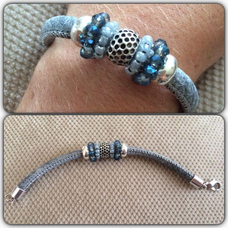 Armbandje grijs/blauw