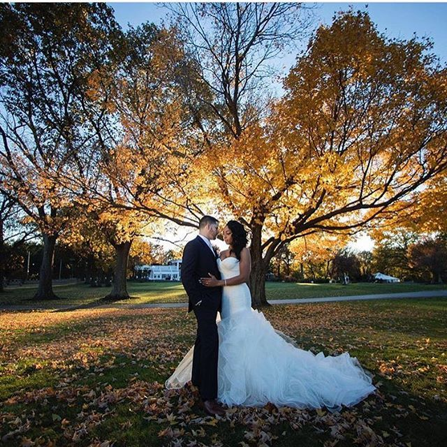 Falling hard. Congratulations @_shaymitch. Photo by @photographybyalfonso. Hair & Makeup by @juicylooks_mua #weddingsonpoint