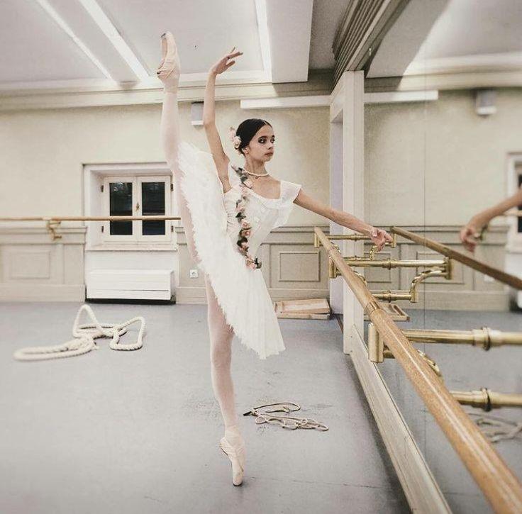 <<Stanislava Postnova (Bolshoi Ballet Academy)>>