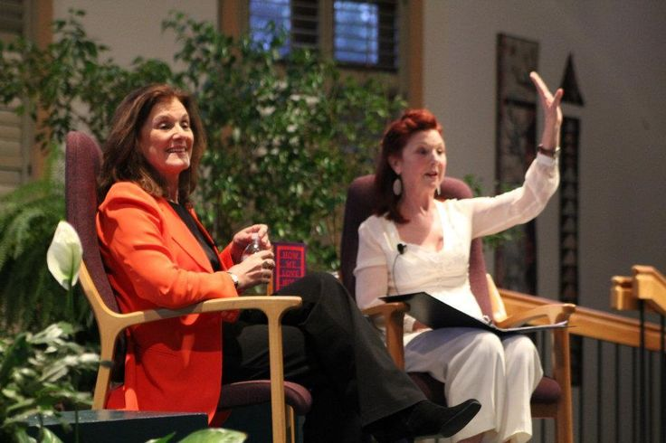 """""""You Gotta Have Girlfriends"""" Suzanne Braun Levine and Pat Wynn Brown share the stage in Columbus, Ohio for The Transition Network event."""