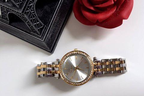 O ženy sa treba starať vždy. Čo takto obdariť svoje polovičky takýmito našimi hodinkami?😍Model (111261) s plne oceľovým remienkom, povrchovou úpravou IP a japonským strojčekom miyota sa bude hodiť dcére, mamine i starkej.