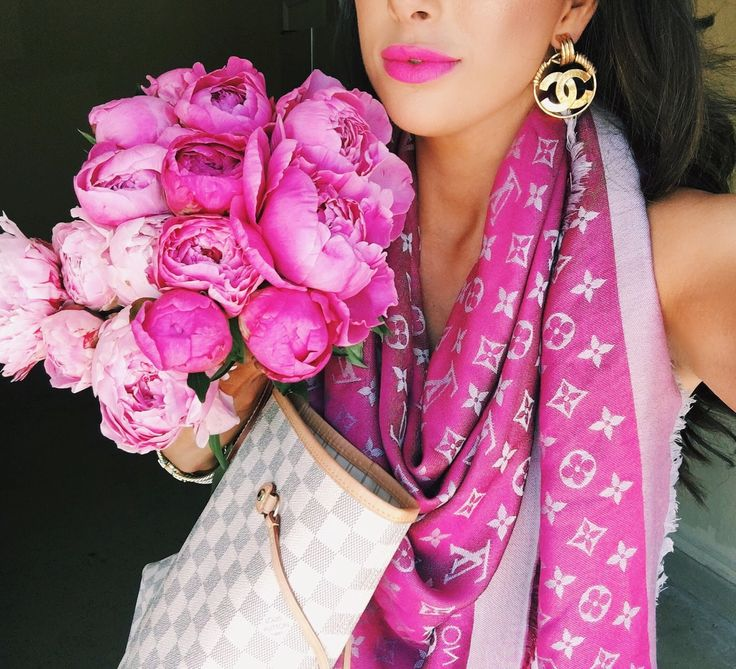 emily gemma, the sweetest thing, peony bouquet tulsa, tulsa fashion blog, chanel vintage earrings, gold chanel vintage earrings, candy yum yum lipstick, pink louis vuitton scarf, white louis vuitton nevderful, pinterest louis vuitton scarf, pinterest peonies and pink scarf