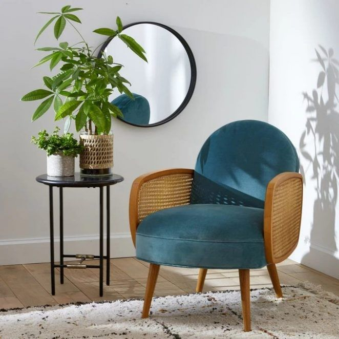 Tendance Deco 2021 Couleurs Matieres Idees Inspirations Fauteuil Velours Cannage Fauteuil