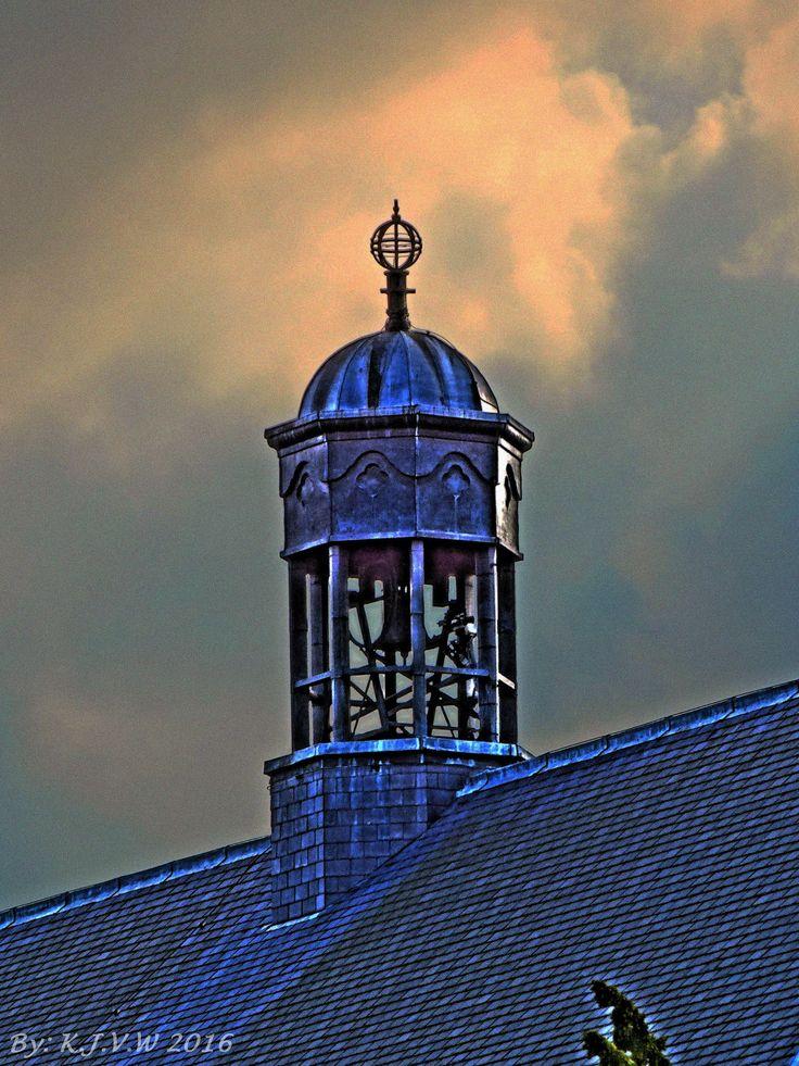 https://flic.kr/p/DWzyYF | De Burgh Chapel | I love the effect of the sky.