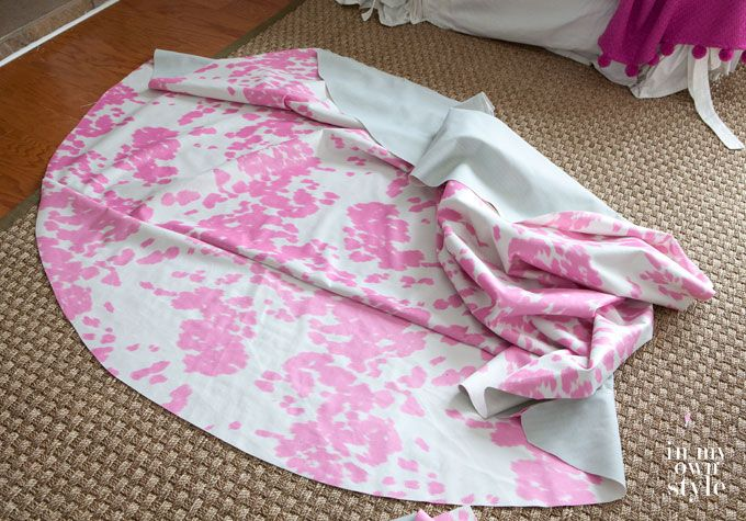 How To Make A Round Tablecloth Round Tablecloth Round
