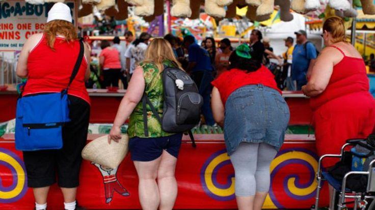 Против ЗОЖ: как Coca-Cola и PepsiCo лоббируют свои интересы http://kleinburd.ru/news/protiv-zozh-kak-coca-cola-i-pepsico-lobbiruyut-svoi-interesy/  Ожирение — одна из самых острых проблем в США. Американские власти пытаются сократить потребление сладких газированных напитков, чтобы остановить «эпидемию» избыточного веса. Однако пищевые гиганты Coca-Cola Company и PepsiCo тратят миллионы долларов, чтобы противостоять движению за здоровье нации. США отличаются одним из самых высоких уровней…