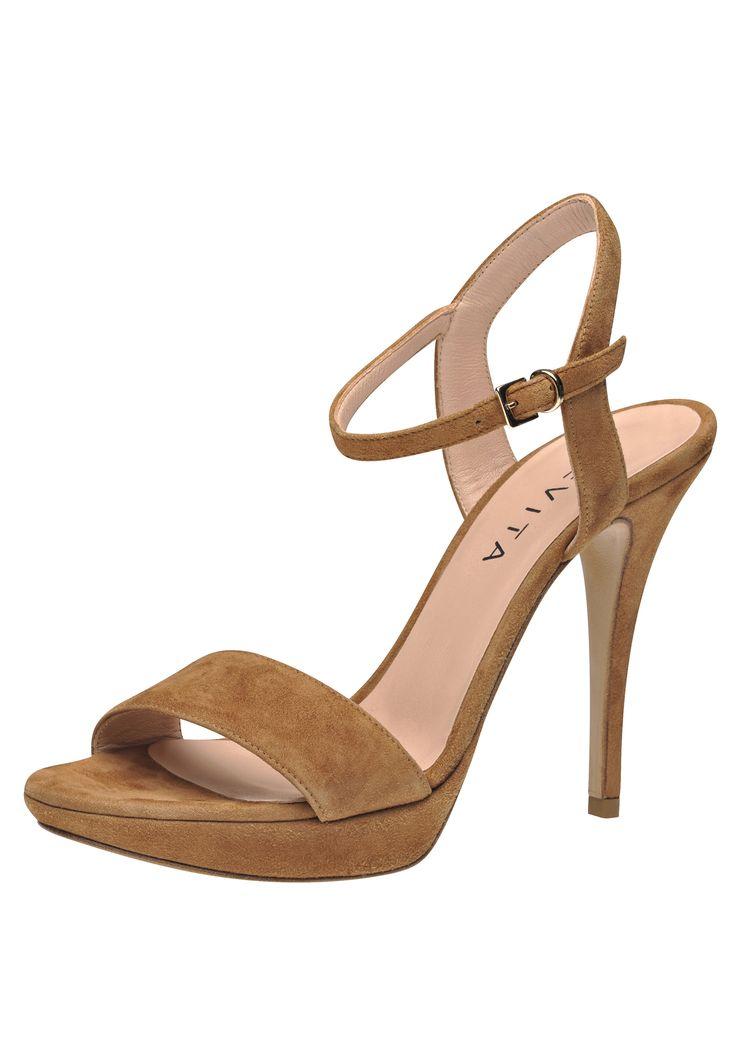 die besten 25 evita shoes ideen auf pinterest sandaletten pumps und sandaletten mit absatz. Black Bedroom Furniture Sets. Home Design Ideas