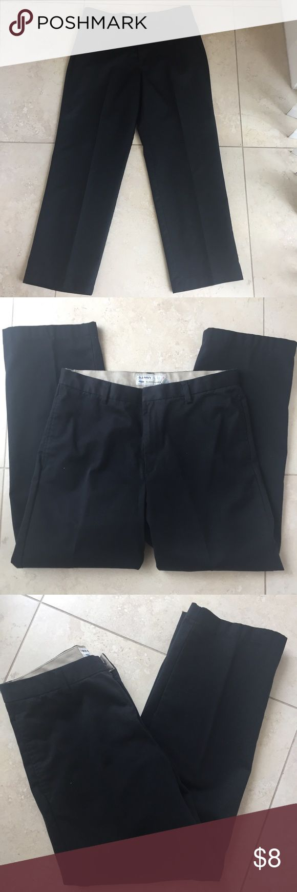Old navy flat front black khakis pants 34/30 Selling many items similar in size from my husbands closet and offer bundle discount on 3 or more so be sure to check out other listings of similar items you might like..... Old navy classic black flat front khakis slacks 34/30 good condition no flaws! Old Navy Pants Chinos & Khakis