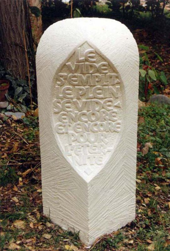 GRAVEUR LAPIDAIRE, Rodolphe Giuglardo (Final project of a craftsman? build your own tombstone, like a real man..)