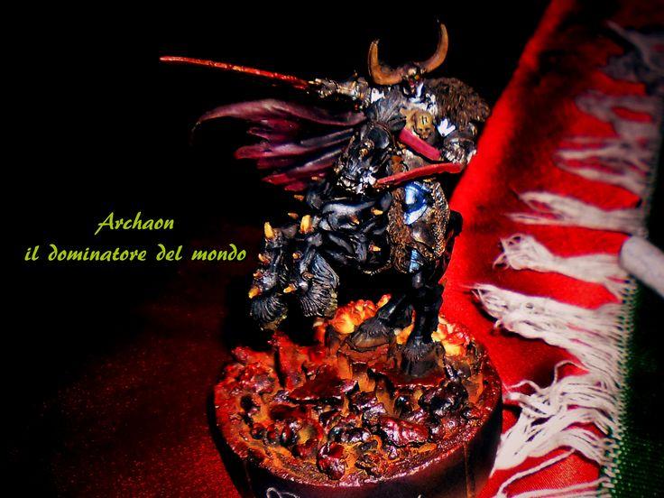 Archaon il dominatore del mondo. Modello dipinto da Alex il creatore 2016. Foto estratta dal video le streghe e le fate il rito.