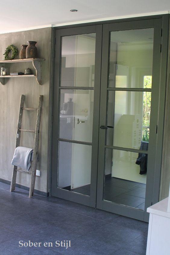 Afbeeldingsresultaat voor deur in hal met glas