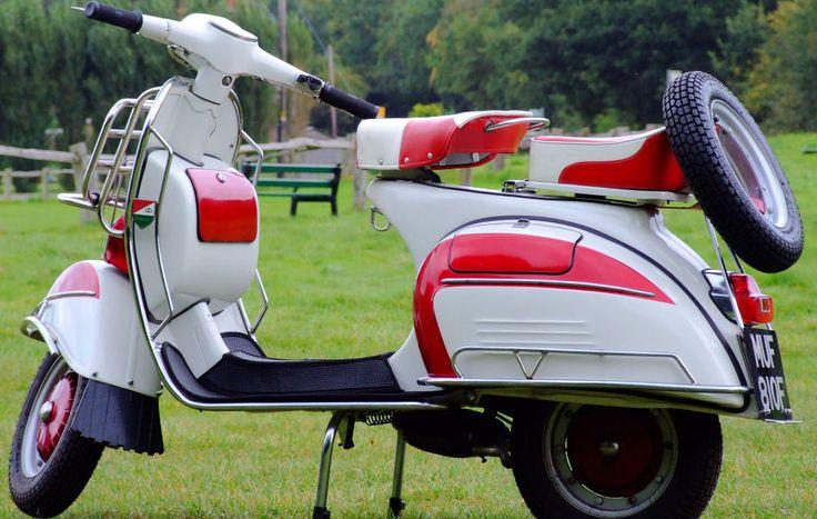 Vespa Scooter Dünyası