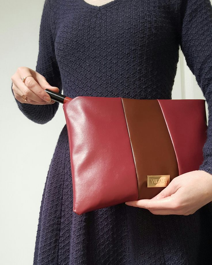 Falling in love with burgundy-brown clutch bag❤ Shop at http://vilmaboutique.com .
