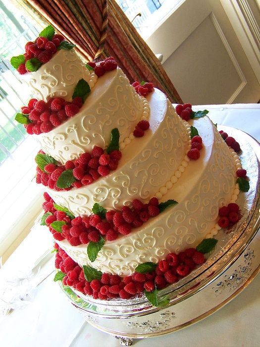 raspberry  wedding cakes | Found on cakesdecor.com: Raspberries Scrolls, Cakes Ideas, Raspberries Cakes, Trifles, Weddings, Raspberry Wedding, Raspberries Wedding, Wedding Cakes, Beautiful Cakes