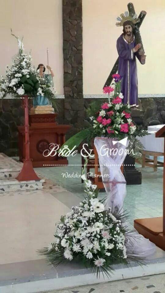 Arreglos del altar
