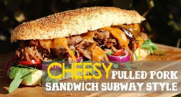"""Nach dem ich gestern das Subway Style Parmesan Oregano Sandwich vorgestellt habe, folgt hier ein Rezept wo ich mich Frage, warum Subway auf den """"Pulled Pork Zug"""" noch nicht aufgesprungen ist! 8-) Das Cheesy Pulled Pork Parmesan Oregano Sandwich Subway Style ist ein Kracher Sandwich. Ich liebe Pulled Pork vor allem in einer solchen Sandwich ..."""