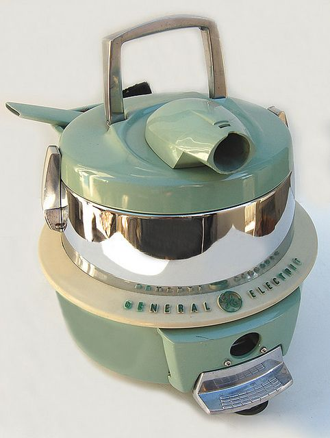 1950s General Electric canister swivel top vacuum cleaner & attachment ...