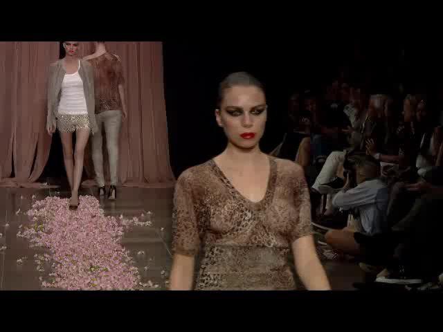 Est. 1995 Benedikte Utzon Wardrobe - Spring / Summer 2014 - RUNWAY_COPENHAGEN FASHION WEEK #Fur #Fashion