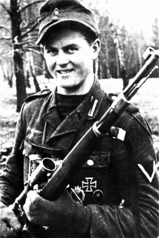 Matthäus Hetzenauer (1924-2004) with a Kar98k rifle with a 6x optical vision.  Sniper of the 3rd Mountain Division (Geb.J. 144/3 Gebirgs-Devision). From July 1944 to May 1945 - 345 confirmed dead soldiers of the Red Army. He was awarded the Cross of Knights with swords and oak leaves. One of the most effective snipers in Germany.