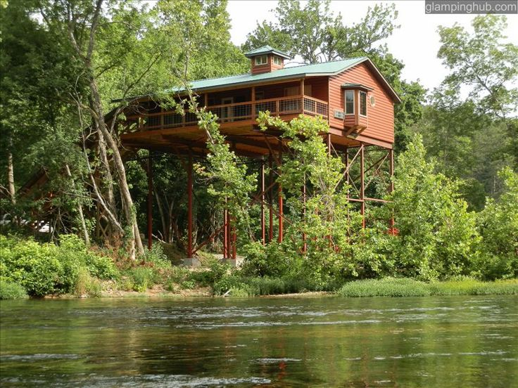 Amazing Tree House In Missouri U S Treehouse Glamp Outdoors Waterfront