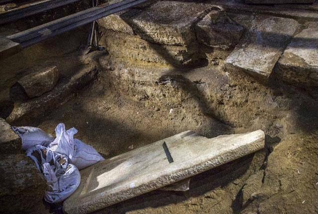 Amphipolis Tomb - 3rd Chamber
