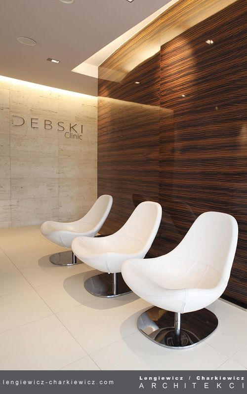 Wnętrze nowoczesnej kliniki ginekologiczno-położniczej Dębski Clinic w Warszawie. Recepcja. Projekt i realizacja: lengiewicz-charkiewicz.com #clinic