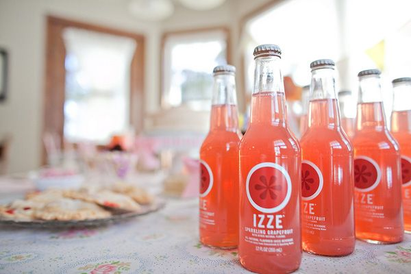 Google Image Result for http://www.thesweetestoccasion.com/wp-content/uploads/2011/04/pink-grapefruit-izze.jpg
