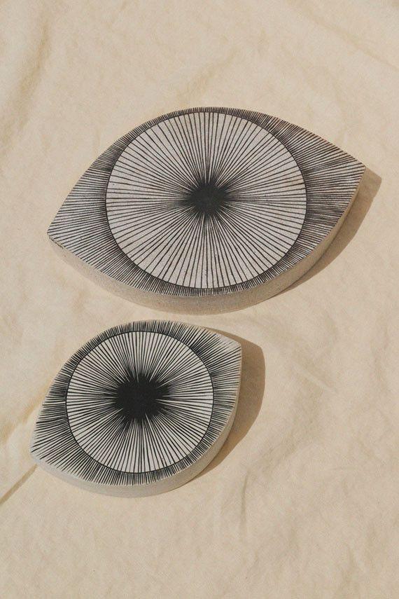 MQuan - Large Eye Stoneware | BONA DRAG