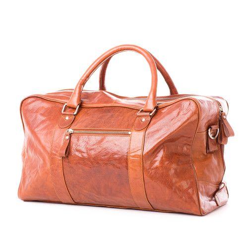 TORBA PODRÓŻNA BLUEBERRY FUDGE BRĄZ IL6609-91-220 Multicase Bags for loving! Torba Treats brązowa ze skóry naturalnej, idealna na weekend lub trening sportowy z dodatkowym regulowanym paskiem na ramię. #multicase #bigbag #AW2015 #oryginal #leather #treats #style #leatherbags