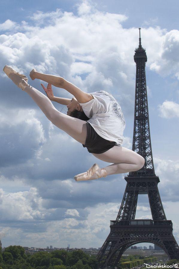 Eiffel Tower Ballet