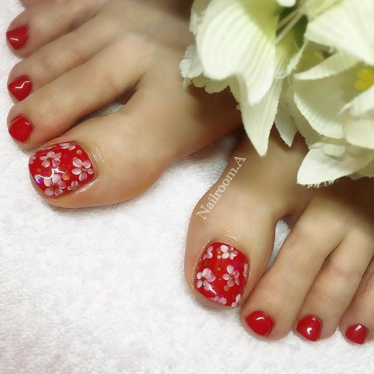 112 best toe nail art images on pinterest feet nails pedicures 50 toe nail art design nail art nails diy part 2 prinsesfo Image collections