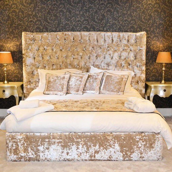Best 22 Best Luxury Upholstered Beds Images On Pinterest 640 x 480