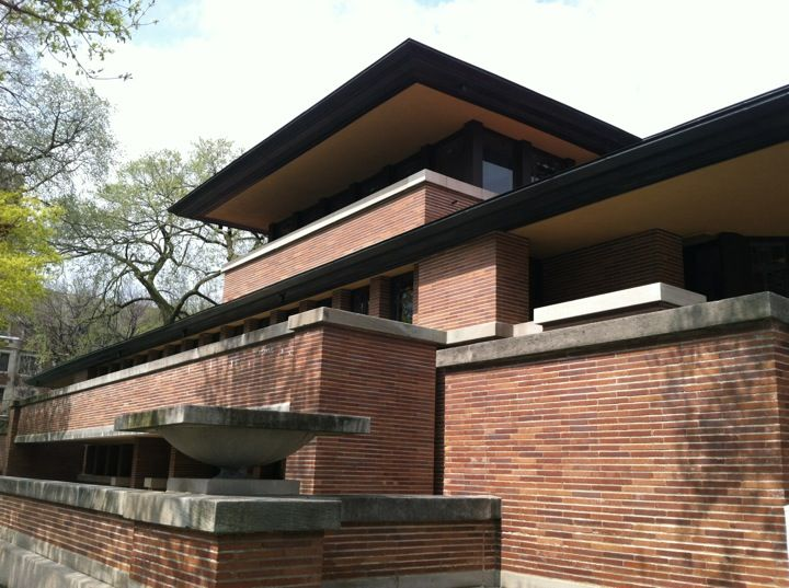 scoot over to the frank lloyd wright robie house in chicago il for a