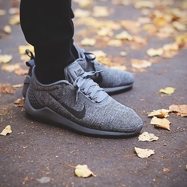 Nike Lunarestoa 2 SE: cool grey/anthracite