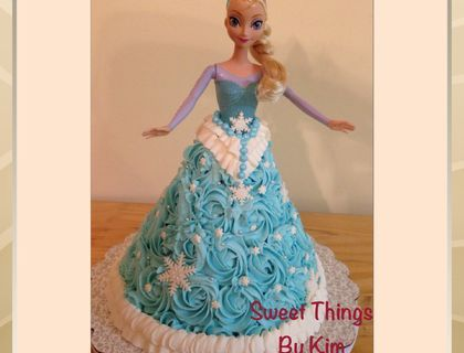 The 25 best Elsa frozen cake ideas on Pinterest Frozen cake