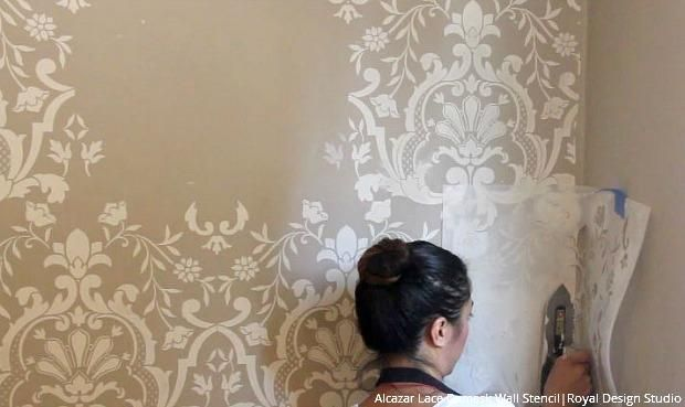 How To Stencil A Beautifully Embossed Wall With Joint Compound Plaster Plaster Wall Art Coral Color Decor Plaster Walls Diy