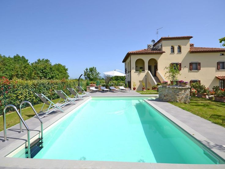 """Pet friendly holiday home with private pool. Price class € 1000 – € 1500 New, large, comfortable house with 2 apartments """"Casa Imola"""", built in 1956, renovated in 2015, surrounded by fields. House Equipment: central heating system, air conditioning, washing machine..."""