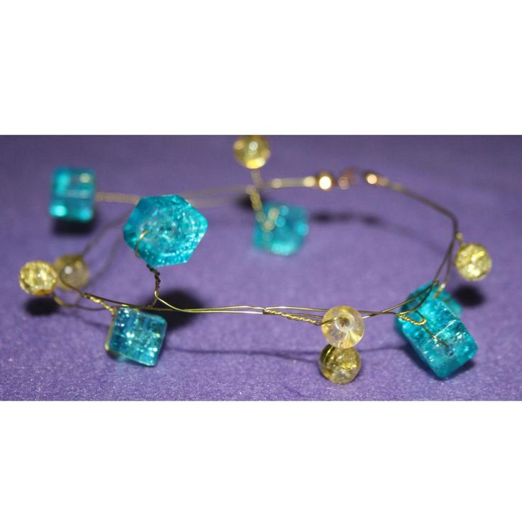 Gold Twisted Wire and Glass Bead Bracelet by DornanDesigns