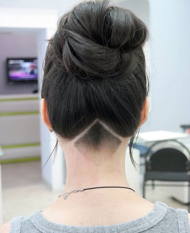 A simple, clean and very neat undercut. hair haircut