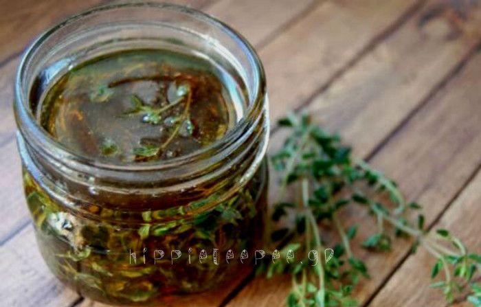 Το θυμάρι μαζί με το μέλι είναι ένας αρχαίος συνδυασμός που βοηθάει σε κάθε είδους αναπνευστικό πρόβλημα.    Μη διστάσετε να δοκιμάσετε αυτήν την υπέροχη συνταγή, αν έχετε κάποια αναπνευστικά προβλήματα σίγουρα θα σας βοηθήσει.  Το αναπνευστικό σύστημα