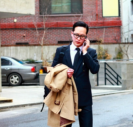 Jill stuart suit, tom ford glasses, seoul fashion street style from korea