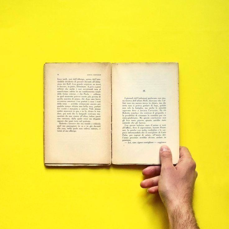 One book each day  #Ayellowmark