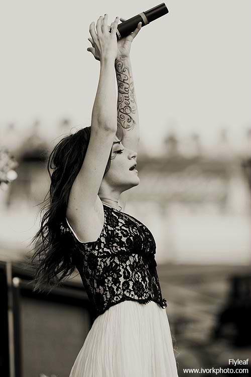 Lacey Sturm, former lead singer of Flyleaf.. inspiring, beautiful.