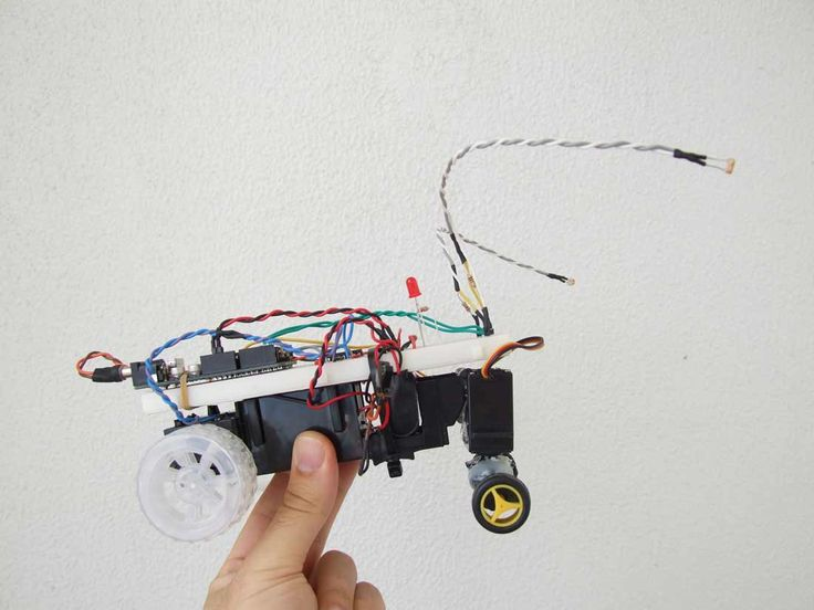 Easy arduino robot tutorial part i let s make robots