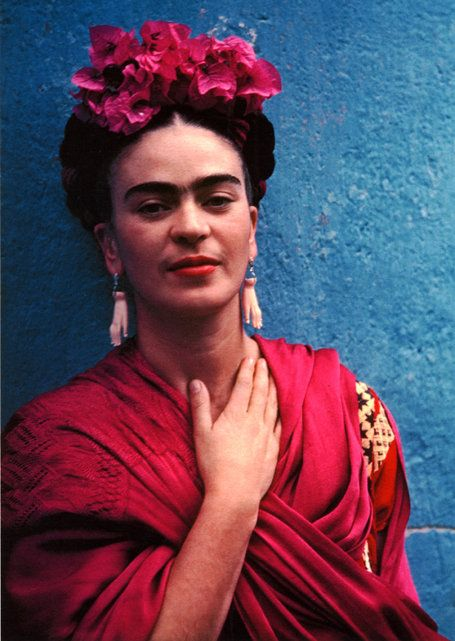 Frida with Picasso Earrings, 1939 - Photographer Nickolas Muray (1892-1965)