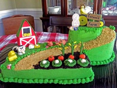 John Deere Farm Cake
